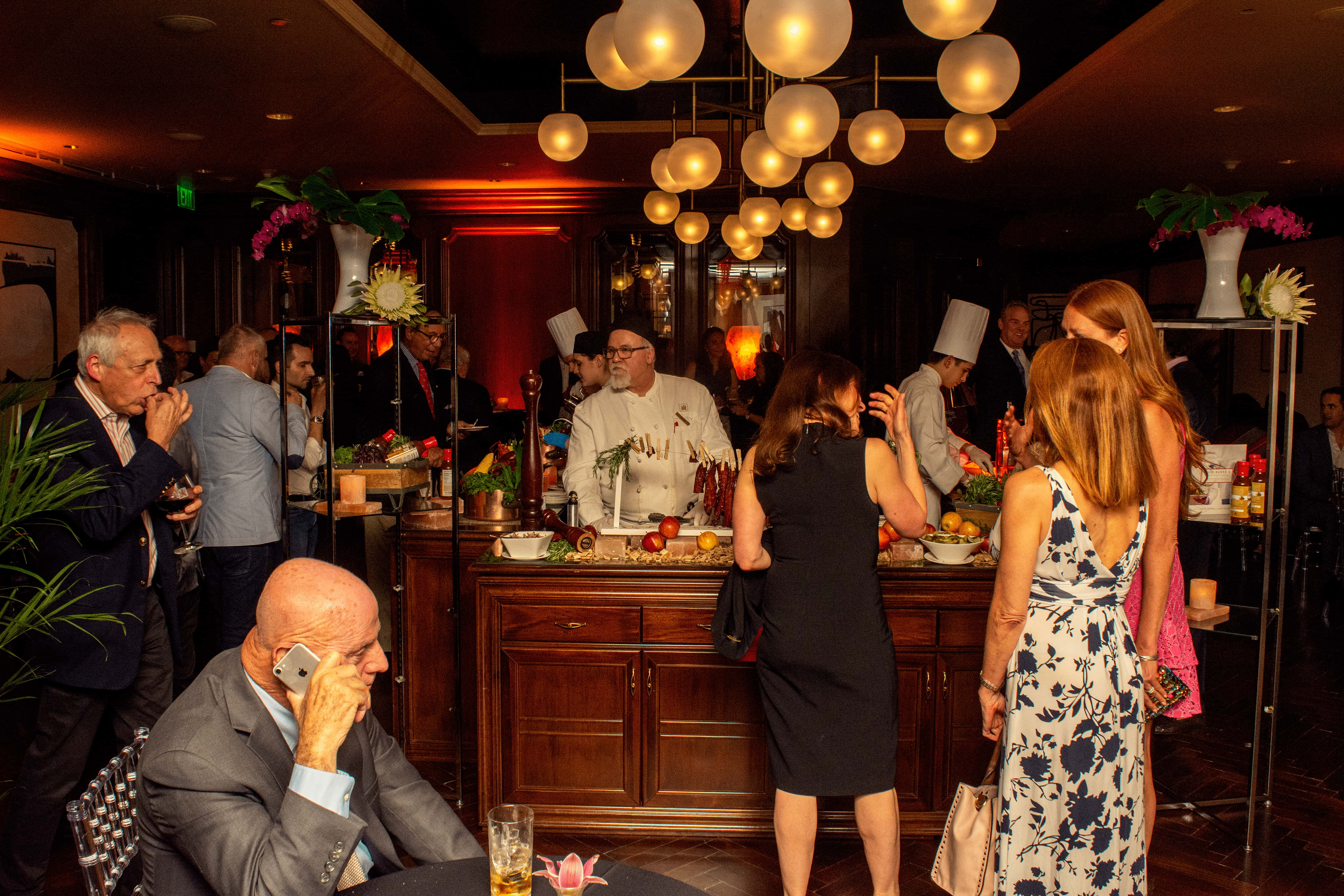 King Bar by David Burke and the Red Salt Room Debut at Garden City Hotel