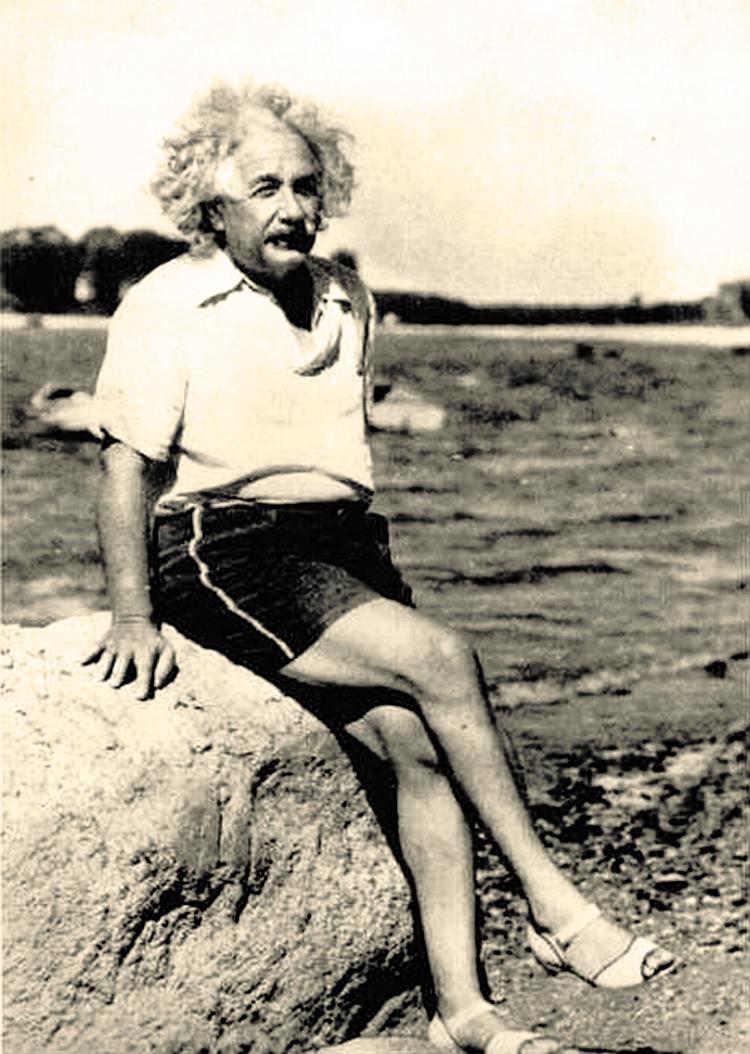 Einsteins Long Island Summer Of 39 Einstein On The Beach