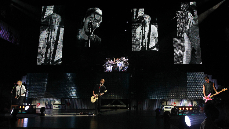 5 Seconds of Summer plays Nikon at Jones Beach Theater on Tuesday, Sept. 1, 2015 (Photo by Kevin Kane/Long Island Press).