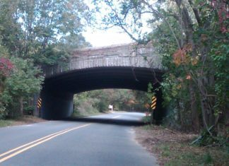 13 Creepiest Haunted Places On Long Island